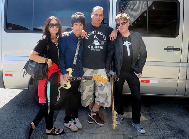 Smiths_Week66_day03_Angie, Johnny and Andy in Sao Paolo 2014