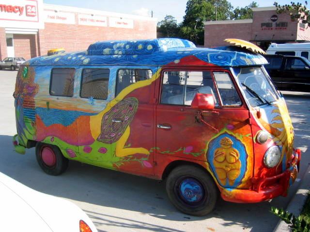 Be_Your_Own_Goddess_art_bus_(1967_VW_Kombi)_IMG_0136